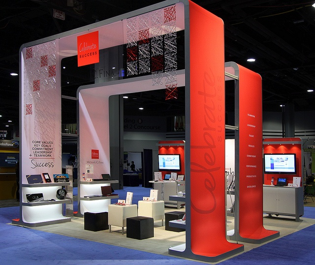 Trade Show Booth Objectives : Successful trade show tips brandwatch
